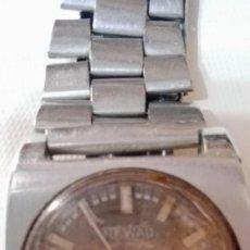 Relojes automáticos: RELOJ ACERO NEWAD FUNCIONANDO DOBLE CALENDARIO. Lote 137990450