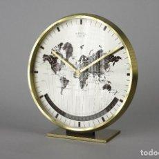 Relojes automáticos: RELOJ DE SOBREMESA BRONCE RETRO KIENZLE ALEMÁN SPACE AGE VINTAGE ART DECO MUNDO 70S. Lote 138112626
