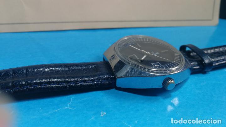 Relojes automáticos: Botito reloj Yema antiguo automático, funciona bien, grande - Foto 15 - 140285570