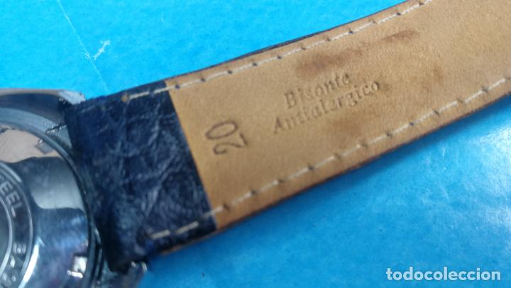 Relojes automáticos: Botito reloj Yema antiguo automático, funciona bien, grande - Foto 29 - 140285570