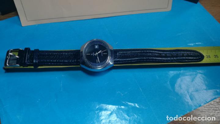Relojes automáticos: Botito reloj Yema antiguo automático, funciona bien, grande - Foto 33 - 140285570