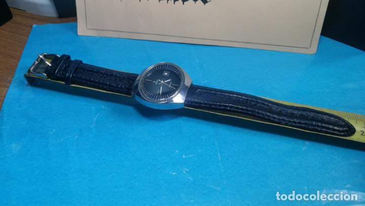 Relojes automáticos: Botito reloj Yema antiguo automático, funciona bien, grande - Foto 34 - 140285570
