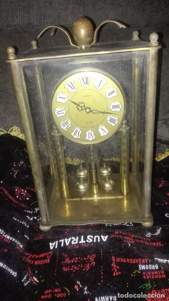 RELOJ SOBREMESA.BRONCE.ALEMANIA ORIENTAL.AÑOS 70. (Relojes - Relojes Automáticos)