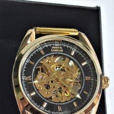 Relojes automáticos: RELOJ AUTOMATIC PRINCE LONDON METAL COLOR ORO EN CAJA SIN USO - 22.CM LARGO - ESFERA 3.5.CM DIAMETRO. Lote 143755510