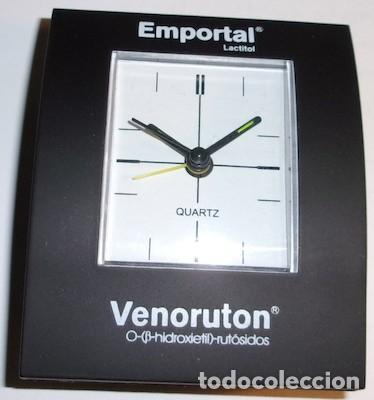 RELOJ QUARTZ DE SOBREMESA A PILAS CON PUBLICIDAD DE MEDICINA, EMPORTAL Y VENORUTON (Relojes - Relojes Automáticos)