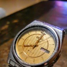 Relojes automáticos: RELOJ SEIKO 5 AUTOMATICO CALENDARIO FUNCIONA PERFECTAMENTE DIÁMETRO 38MILMETROS SIN CONTAR LA CORONA. Lote 145201998