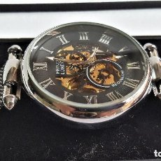 Relojes automáticos: RELOJ AUTOMATIC PRINCE LONDON METAL COLOR PLATA EN CAJA SIN USO - 22.CM LARGO-ESFERA 3.5.CM DIAMETRO. Lote 146561954