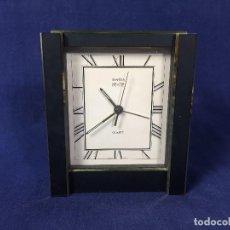 Relojes automáticos: RELOJ CUARZO PILA SWIZA S.A MANHATTAN BRONCE LACADO ALARMA 12X10,5X3,5CMS. Lote 156622518