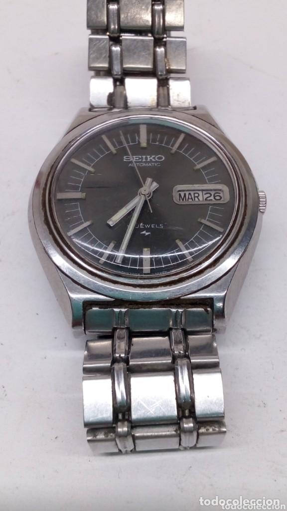 Relojes automáticos: reloj seiko automatico esfera negra,boton bidericional para el doble vial funcionando - Foto 3 - 158024146