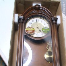 Relojes automáticos: RELOJ DE PARED DE PÉNDULO CON PILAS MARCA WESTMINSTER TIME. Lote 160395042