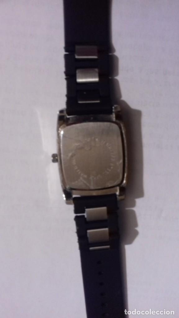 Relojes automáticos: Reloj a pilas para estrenar en su caja original - Foto 5 - 165899194