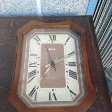 Relojes automáticos: RELOG HERSA QUARTZ FUNCIONA A PILAS. Lote 172351433