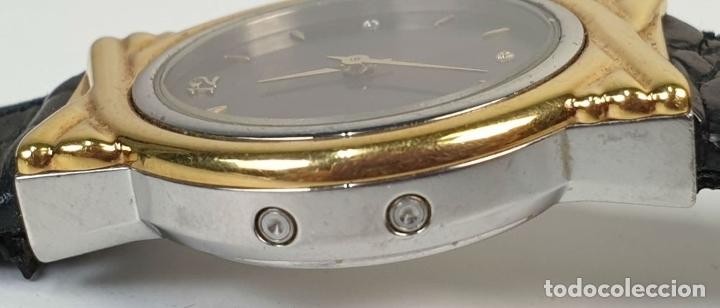 Relojes automáticos: RELOJ DE PULSERA. JUNGHANS. MODELO MEGA. CHAPADO EN ORO. 3 BRILLANTES. SIGLO XX. - Foto 2 - 175003682