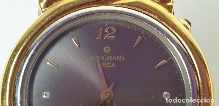 Relojes automáticos: RELOJ DE PULSERA. JUNGHANS. MODELO MEGA. CHAPADO EN ORO. 3 BRILLANTES. SIGLO XX. - Foto 7 - 175003682