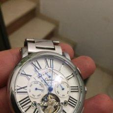 Relojes automáticos: RELOJ AUTOMÁTICO PERFECTO ESTADO 5 CENTÍMETROS CON CORONA. ES GRANDE. Lote 179053560