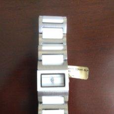 Relojes automáticos: RELOJ DE PULSERA DE SEÑORA DKNY DE CERAMICA BLANCA Y ACERO INOXIDABLE.NUEVO.SIN CAJA.DONA KARAN... Lote 179954436