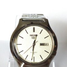 Relojes automáticos: RELOJ SEIKO 5 AUTOMATICO FUNCIONANDO. Lote 180875226