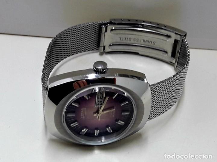 Relojes automáticos: RELOJ VINTAGE AUTOMÁTICO MARCA TITAN AÑOS 70 PRÁCTICAMENTE NUEVO - Foto 4 - 184554162