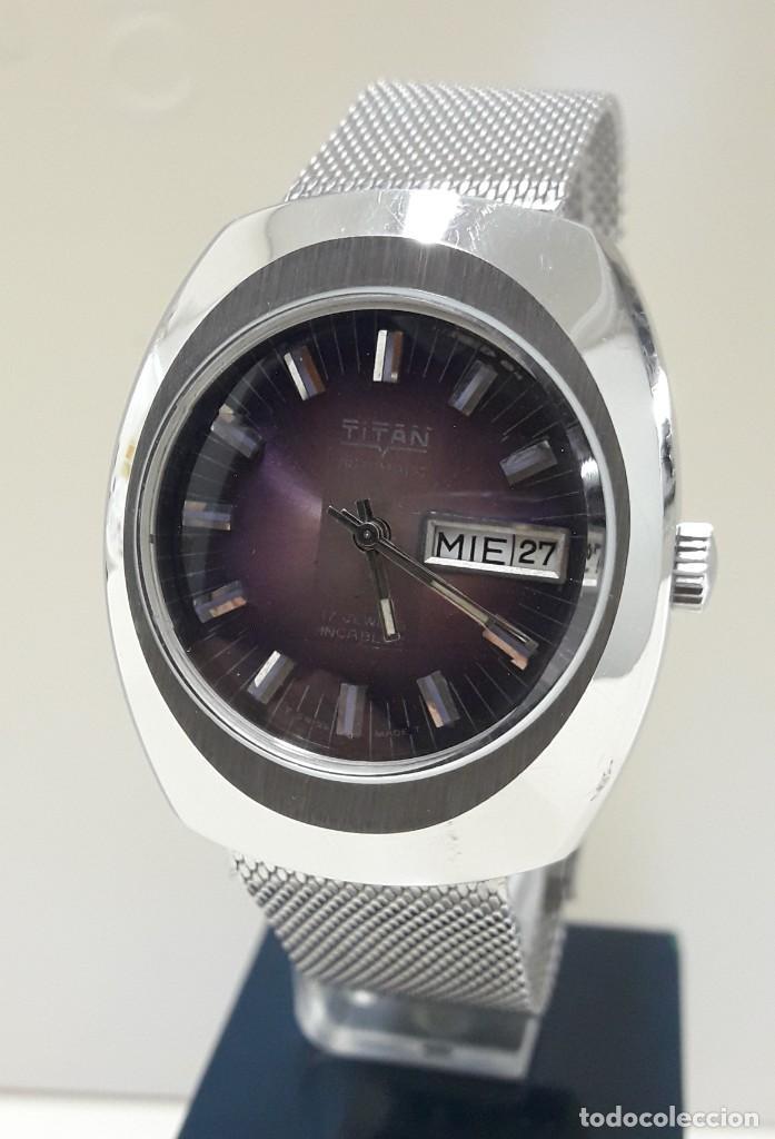 Relojes automáticos: RELOJ VINTAGE AUTOMÁTICO MARCA TITAN AÑOS 70 PRÁCTICAMENTE NUEVO - Foto 8 - 184554162