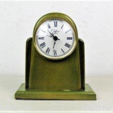 Relojes automáticos: RELOJ DE SOBREMESA EN MADERA INGLES AÑOS 70. Lote 189466945