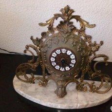 Relojes automáticos: REOJ DE MESA CON BASE DE MARMOL EN BRONCE. Lote 196729061