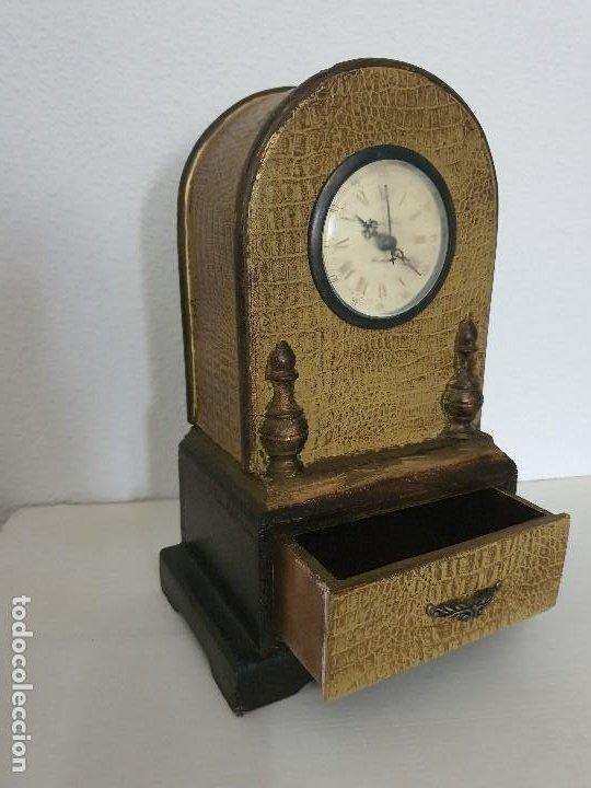 Relojes automáticos: RELOJ MADERA CON CAJON - Foto 3 - 197720505