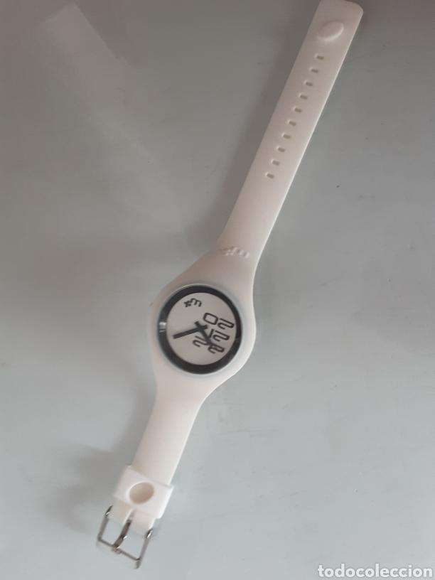 RELOJ CAUCHO BLANCO (Relojes - Relojes Automáticos)