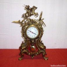 Relojes automáticos: RELOJ DE SOBREMESA EN BRONCE QUARTZ - A PENDULO.PORTUGAL.46 CM.FUNCIONANDO.. Lote 205333335
