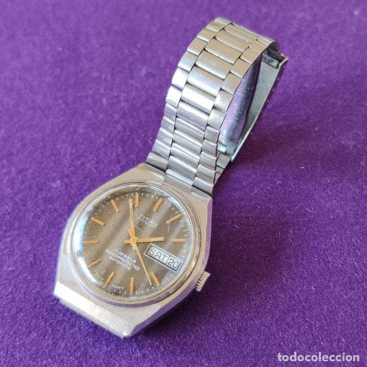 Relojes automáticos: ANTIGUO RELOJ DE PULSERA TITAN. SWISS. CARGA AUTOMATICA.EN FUNCIONAMIENTO.AÑOS 60.CABALLERO - Foto 3 - 216577945