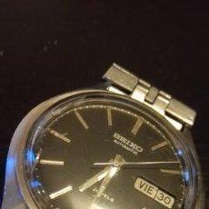 Relojes automáticos: RELOJ SEIKO AUTOMATICO 17 JEWELLS MOD. 563826 CON ESFERA NEGRA. Lote 222816568