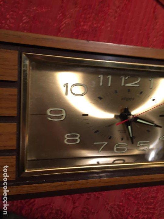 Relojes automáticos: Antiguo reloj de sobremesa marca Impex años 80 - Foto 4 - 224507843