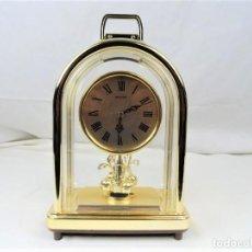 Relojes automáticos: RELOJ DE SOBREMESA CON MOVIMIENTO. Lote 228999205
