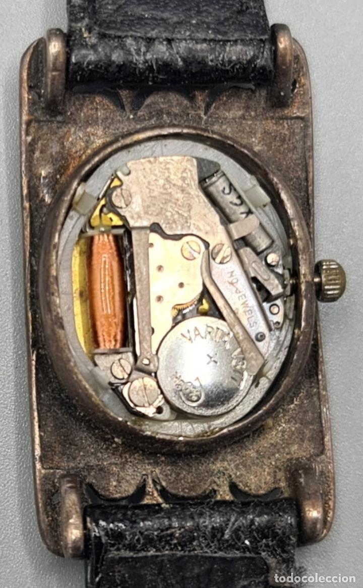 Relojes automáticos: RELOJ DE SEÑORA. CUARZO. CAJA CON INCRUSTACION DE HEMATITES. CIRCA 1970. - Foto 2 - 230334010