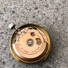 Relojes automáticos: MAQUINARIA RELOJ SAVOY AUTOMÁTICO CALENDARIO CALIBRE LT ETA 2551. Lote 244703385
