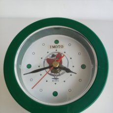 Relojes automáticos: RARISIMO RELOJ DE MESITA DE NOCHE MARCA IMOTO. MADE IN JAPAN.. Lote 244879735