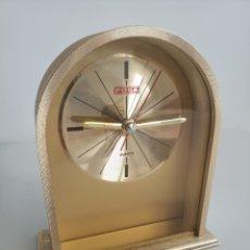Relojes automáticos: RELOJ DE MESA MARCA POSA CON ALARMA. QUARTZ KOREA. Lote 244881465