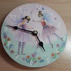Relojes automáticos: 01-00086-RELOJ PARED -HADAS. Lote 252051685