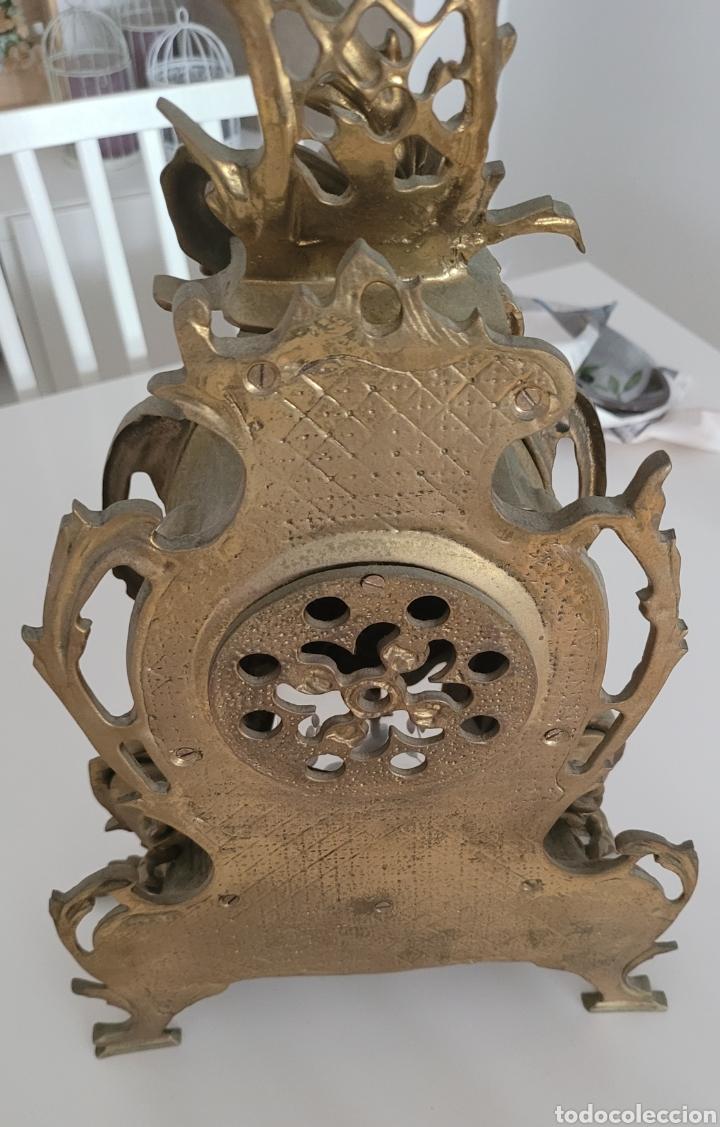 Relojes automáticos: Antiguo reloj de bronce no funcionando (peso en bronce 7,413 kilos) - Foto 6 - 257621525