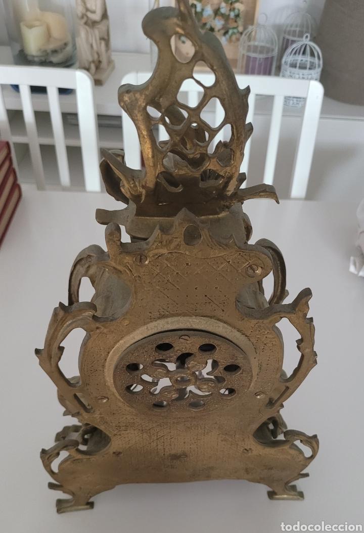 Relojes automáticos: Antiguo reloj de bronce no funcionando (peso en bronce 7,413 kilos) - Foto 7 - 257621525