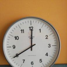 Relojes automáticos: RELOJ DE PARED JUNGHANS. Lote 260635775