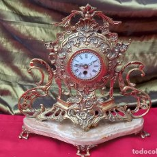 Relojes automáticos: RELOJ DE SOBREMESA EN BRONCE Y MARMOL - FUNCIONANDO.. Lote 268318929