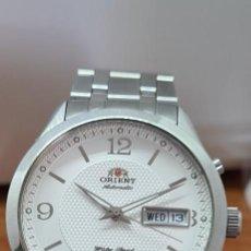 Relojes automáticos: RELOJ (VINTAGE) ORIENT AUTOMÁTICO ACERO, ESFERA BLANCA, DOBLE CALENDARIO TRES, CORREA ACERO ORIENT. Lote 284398618