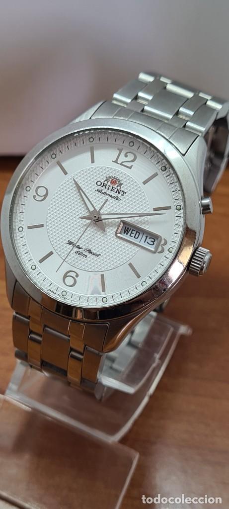 Relojes automáticos: Reloj (Vintage) ORIENT automático acero, esfera blanca, doble calendario tres, correa acero Orient - Foto 2 - 284398618