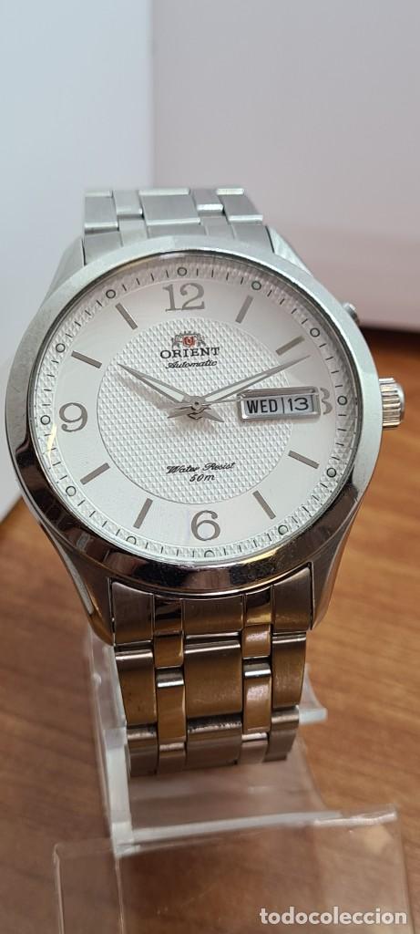 Relojes automáticos: Reloj (Vintage) ORIENT automático acero, esfera blanca, doble calendario tres, correa acero Orient - Foto 3 - 284398618