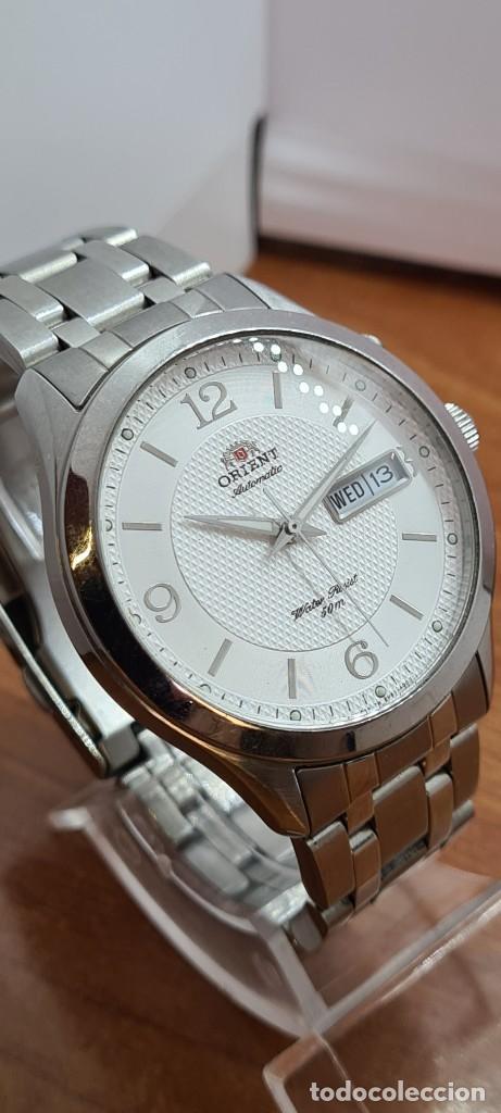 Relojes automáticos: Reloj (Vintage) ORIENT automático acero, esfera blanca, doble calendario tres, correa acero Orient - Foto 7 - 284398618