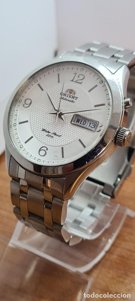 Relojes automáticos: Reloj (Vintage) ORIENT automático acero, esfera blanca, doble calendario tres, correa acero Orient - Foto 8 - 284398618