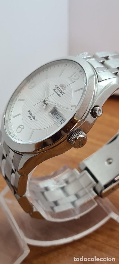 Relojes automáticos: Reloj (Vintage) ORIENT automático acero, esfera blanca, doble calendario tres, correa acero Orient - Foto 11 - 284398618