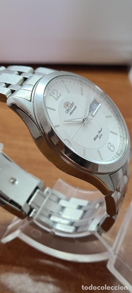 Relojes automáticos: Reloj (Vintage) ORIENT automático acero, esfera blanca, doble calendario tres, correa acero Orient - Foto 12 - 284398618