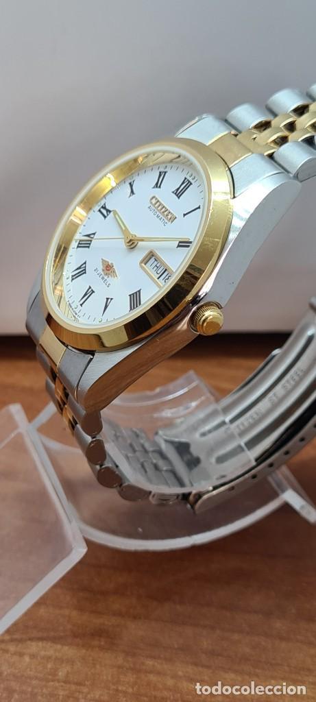 Relojes automáticos: Reloj (Vintage) CITIZEN automático acero bicolor, esfera blanca, doble calendario, correa original - Foto 8 - 284407063