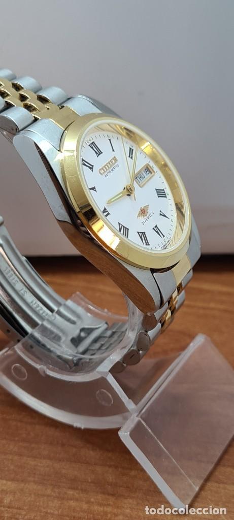 Relojes automáticos: Reloj (Vintage) CITIZEN automático acero bicolor, esfera blanca, doble calendario, correa original - Foto 10 - 284407063